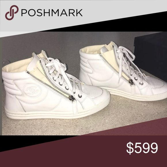 Authentic Chanel Tennis Shoes White w/beige 36/6 These are classic authentic Chanel all leather tennis shoes. The leather lining is scrumptious. True luxury. In EUC. Size 36/6. White leather outside and cream leather inside. CHANEL Shoes