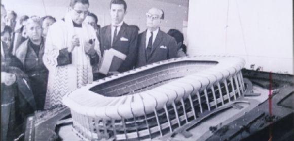 PRODUCTO: El Estadio Azteca se encuentra en la Ciudad de México, México. Es el estadio del equipo de fútbol nacional de México y el equipo mexicano, el Club América. PERSPECTIVA: Este estadio es el centro de México para su deporte nacional de fútbol, y muchos conciertos. Este estadio ha albergado dos finales de la Copa del Mundo.