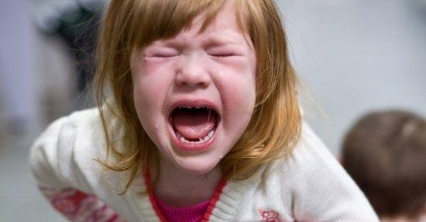 L'irritabilité, les accès de colère, le trouble oppositionnel avec provocation, l'agitation et des difficultés d'endormissement sont les principaux effets sur le comportement des additifs alimentaires. Mais les parents se rendent rarement... #alimentation #cancer #conseils #divulgation #éducation