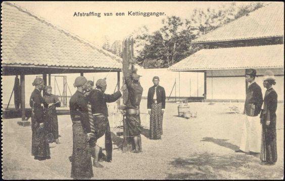 Javanese punishment, Yogyakarta. Date unknown.