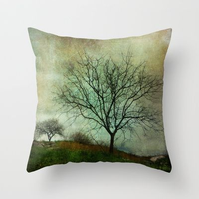 Time of no reply Throw Pillow