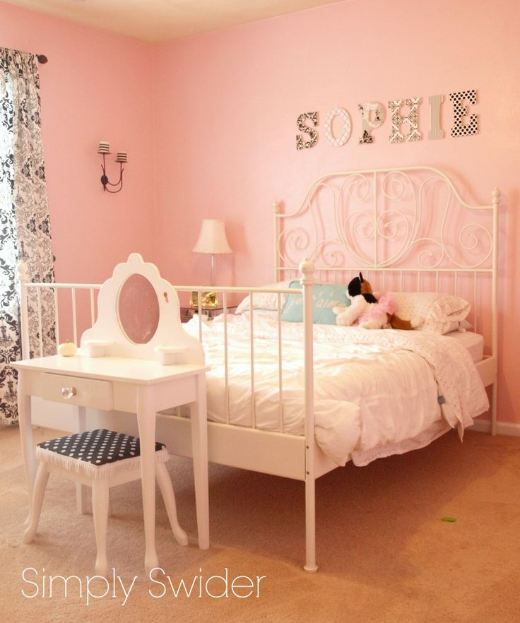 Delightful Pink, Black, And White Paris Themed Girlu0027s Room