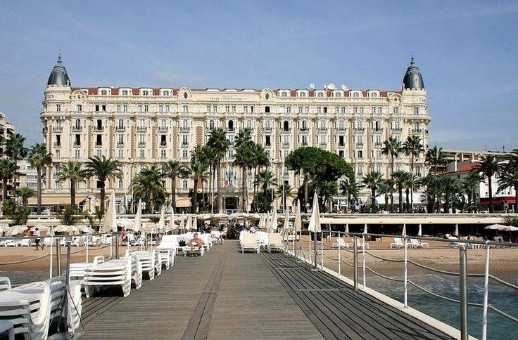 Fouler la Croisette à Cannes : Un été sur la Côte d'Azur - Linternaute