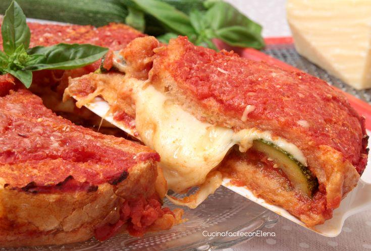 Lo Sformato di pancarrè con Parmigiana di Zucchine è una ricetta facilissima e veloce da realizzare, è troppo buona, dovete assolutamente provarla, l'adoro!