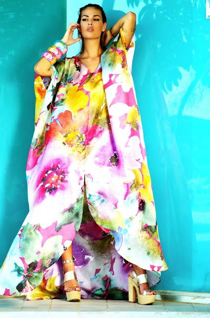 "Spring|Summer 2017 ""SO VAIN ... SO WHAT!"" Collection ... enjoy ... www.sena-design.com #Kaftan #beach #luxury #luxus #lujo #fashion #silk #seda #seide #SENADESIGN #SENA #DESIGN #beautiful #colorful #noble #modern #silk #caftan #Umstandsmode #Kreuzfahrt #cruise #crucero #wedding #beach #boda #HochzeitamStrand #travel #shopping #SpringSummer2017"