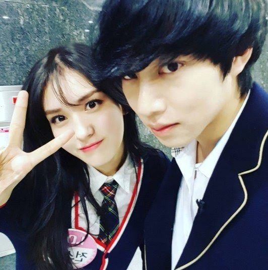 Article: 'Knowing Bros' Kim Heechul takes a sibling shot with IOI Jun Somi who's 18 years younger   Source: Newsen via Nate   1. [+300, ...