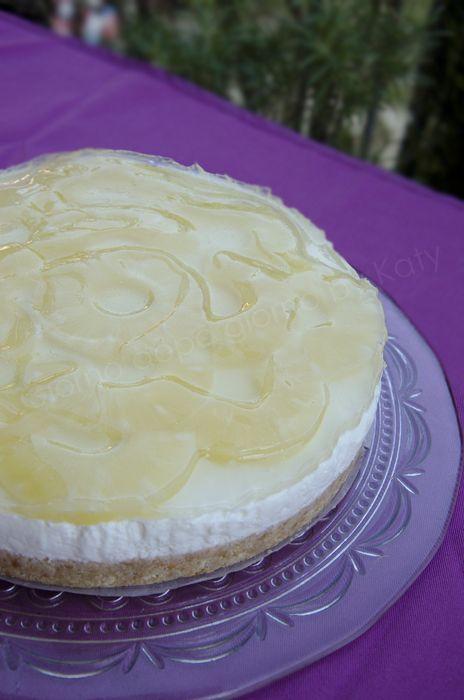 Torta fredda allo yogurt con ananas