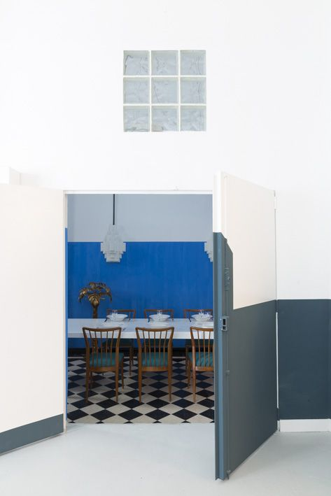 AL DENTE PARIS office - the blue meeting / dining room - by chloe negre