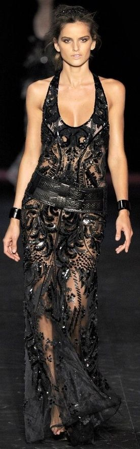 Ok, just one last #RobertoCavalli for the day. I love Cavalli! The Paris store is so beautiful! Love, Sarah www.goachi.com
