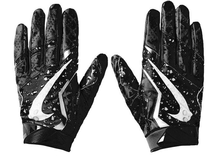 Supreme Nike Vapor Jet 4 0 Football Gloves Black In 2020 Football Gloves Nike Vapor Gloves