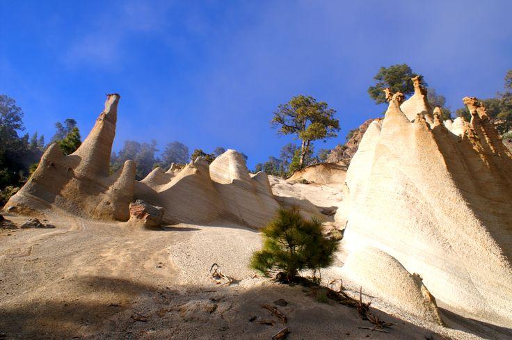 Interesting volcano formations, Viaflor, southeast slope