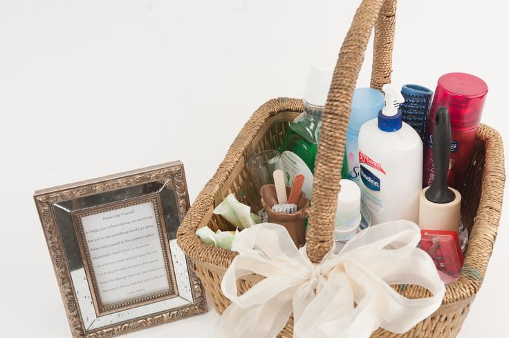 Wedding toiletry basket. Agapeplanning.com