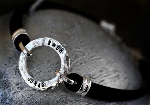 Mom jewelry by Pako korut.