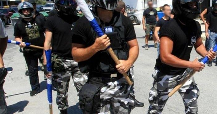 Δίκη Χρυσης Αυγής: Τα τάγματα εφόδου χτυπούσαν άγρια τους εργάτες στο Πέραμα και η αστυνομία δίπλα κοιτούσε αμέτοχη