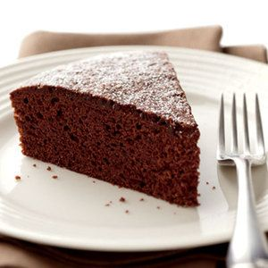 How to make a one-bowl, no-mixer-needed chocolate cake | http://www.rachaelraymag.com/Recipes/rachael-ray-magazine-recipe-search/dessert-recipes/chocolate-cake-2