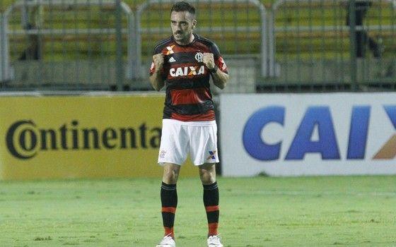 Mancuello, meia do Flamengo. Clube é patrocinado pela Caixa (Foto: Gilvan de…