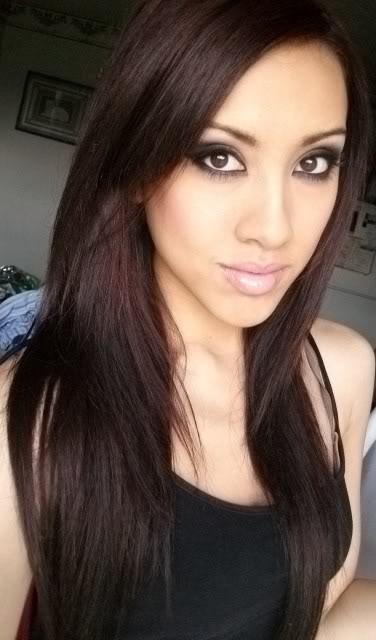 Dark Auburn hair = want it! Love the cut too!! Pin for Chelsea!