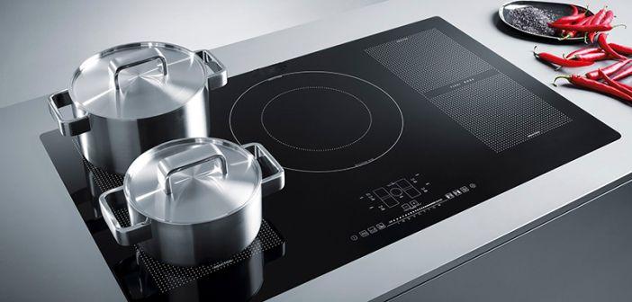 Mit moderner Technik macht das Kochen Spaß http://www.wohnendaily.at/2018/02/in-der-kueche-steigert-spitzentechnologie-die-lebensqualitaet-deutlich/?utm_content=buffer671af&utm_medium=social&utm_source=pinterest.com&utm_campaign=buffer