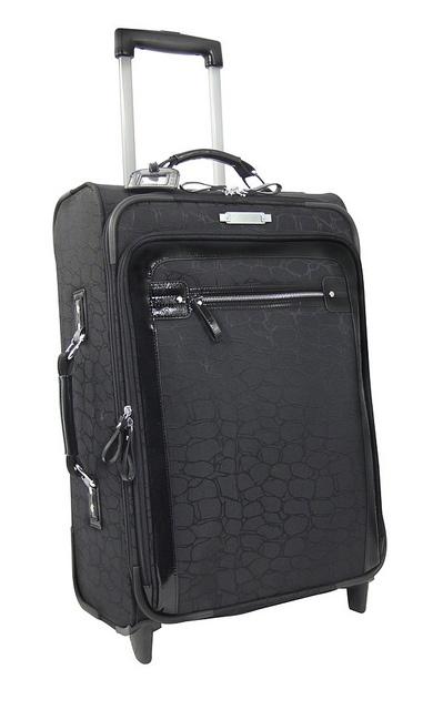 Revelation by Antler Luggage is stylish and hard wearing. See the full range at www.luggagehut.co.uk     Where to get Stylish Luggage (carry on luggage(cabin luggage(hand luggage) See more on our site ukcabinluggage.com