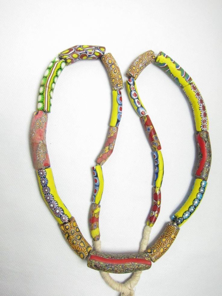 Tiatiatio, Banana beads