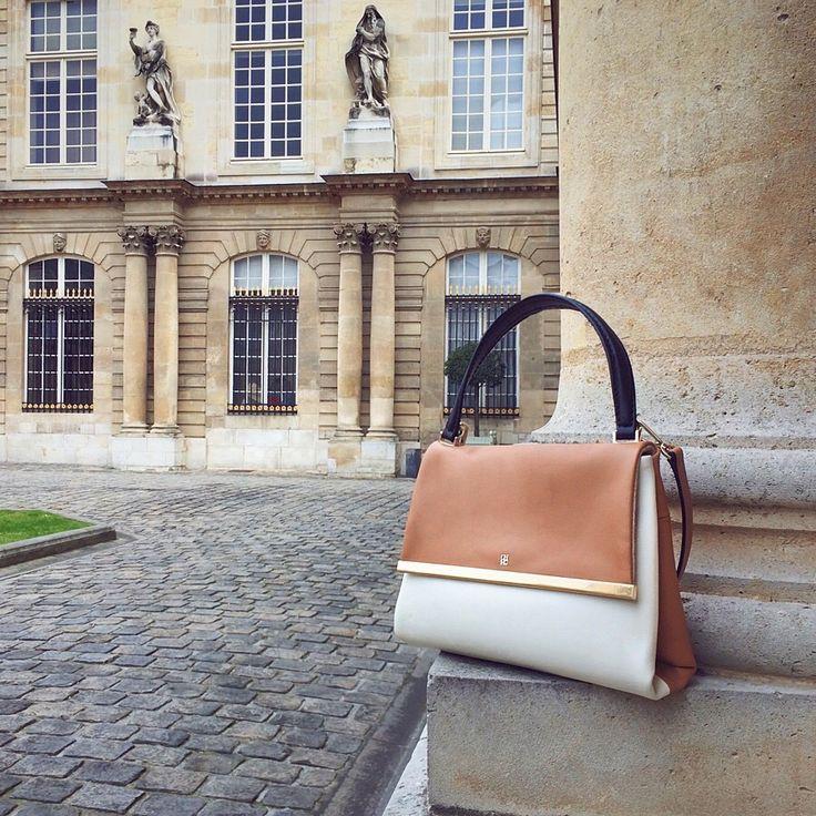 CH Carolina Herrera 'Camelot' bag in the city of lights: Paris!