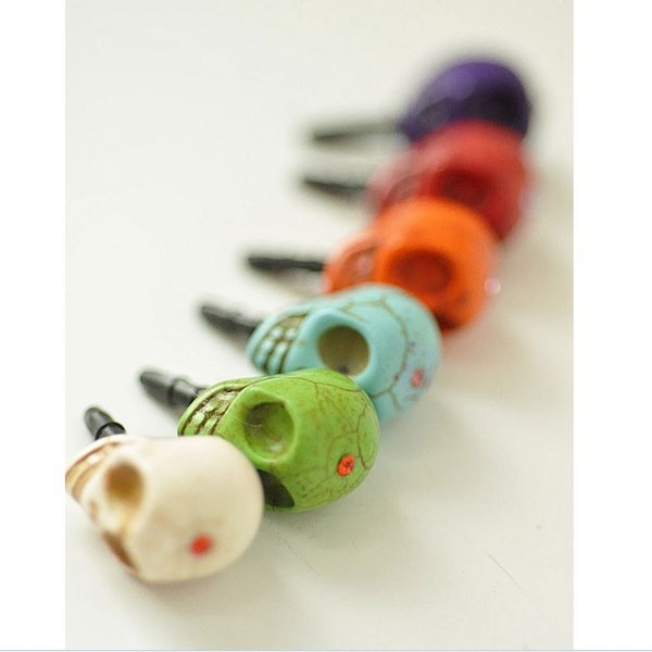Coloured Skull Dust Plug
