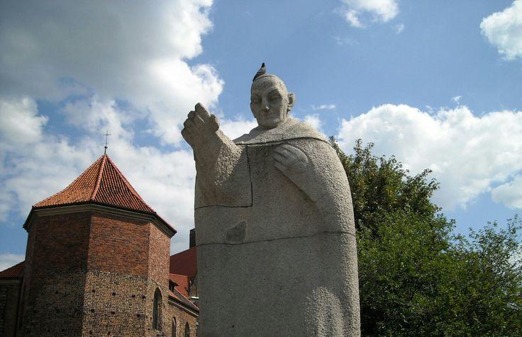 Statue of John XXIII in Wroclaw, Poland