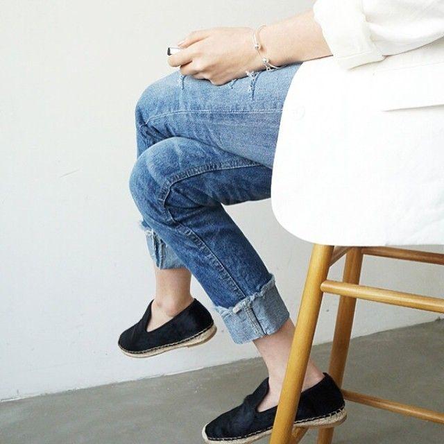 Minimal + Classic: blazer, denim & espadrilles (Celine)- dressy casual summer look