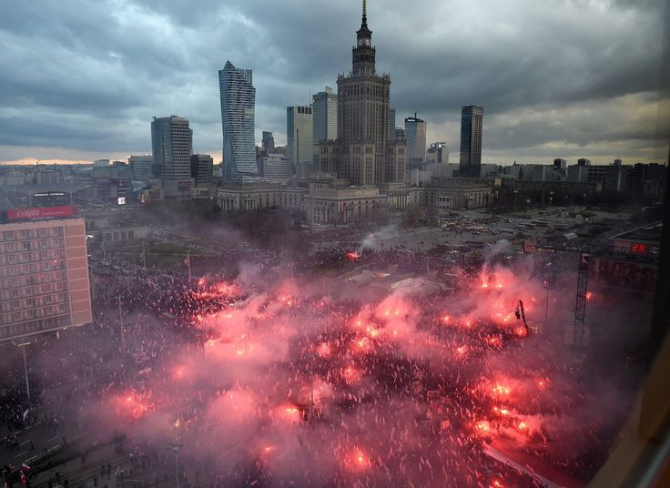Thousands gathered in Warsaw for the march, which far outdrew official events commemorating the country's independence.