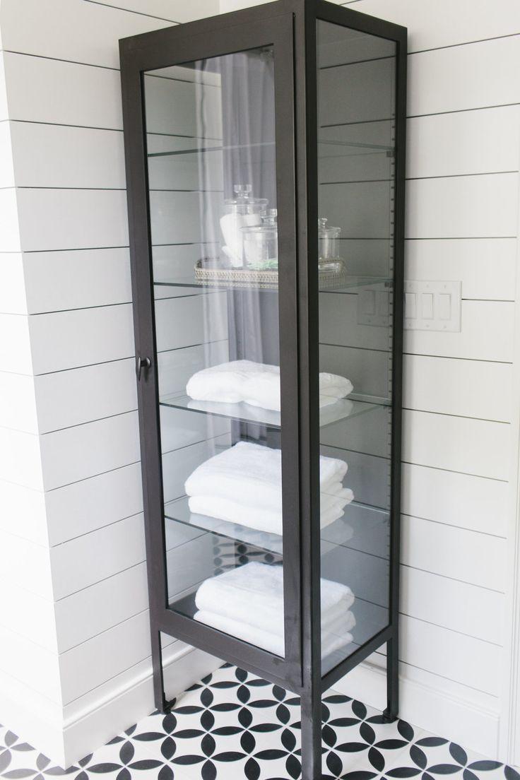 Lynwood Remodel: Guest Bathroom