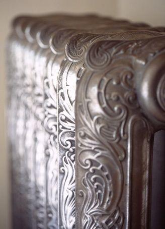 Beautiful Victorian cast iron radiator