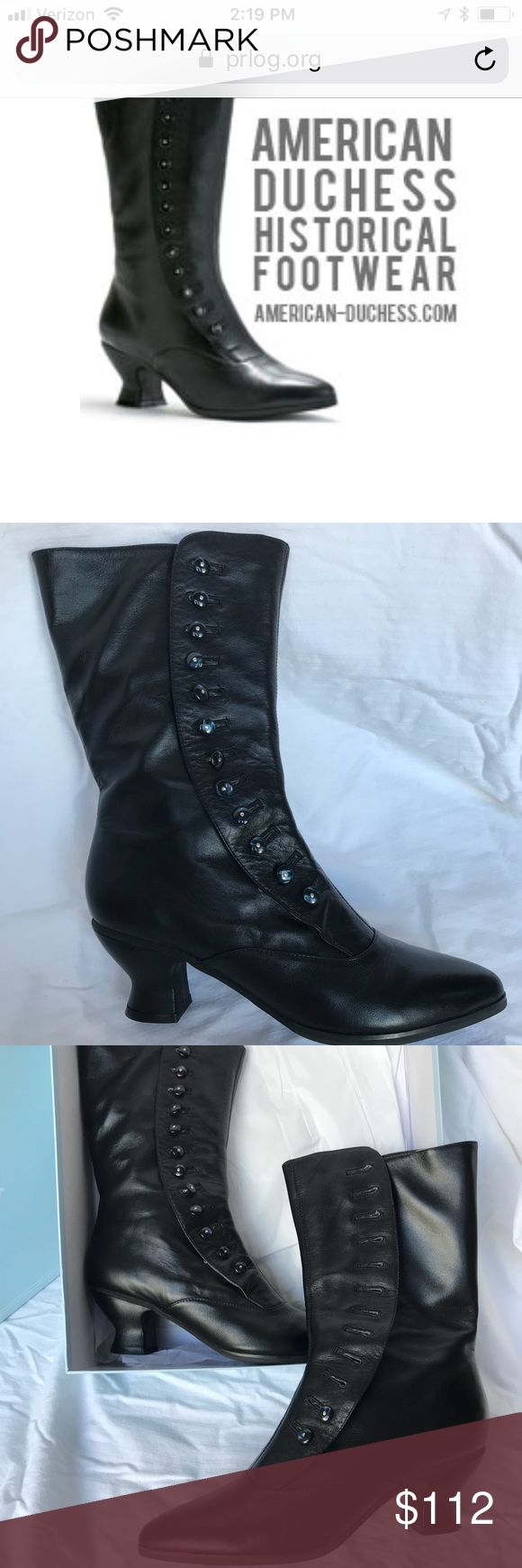 American Duchess Victorian boots, 9.5 wide calf! 'Tavistock' Victorian button boots, size 9.5 M. Rare wide-calf! Genuine black leather with man-made soles, fully leather lined. Features a discreet elastic panel on the inner calf for a snug fit. One of the beautiful dark blue buttons has come unsewn, but this can be easily repaired. Buttons can also be moved by your local shoe repair guru to create a custom fit. Original box and silver button hook included. Great for historical reproduction…
