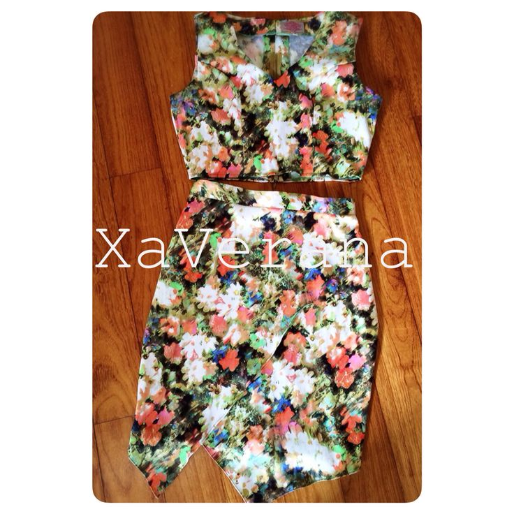 Pixxy crop top and  Pixxy skirt Fabric : printed sateen valvet Follow our instagram @xaverana