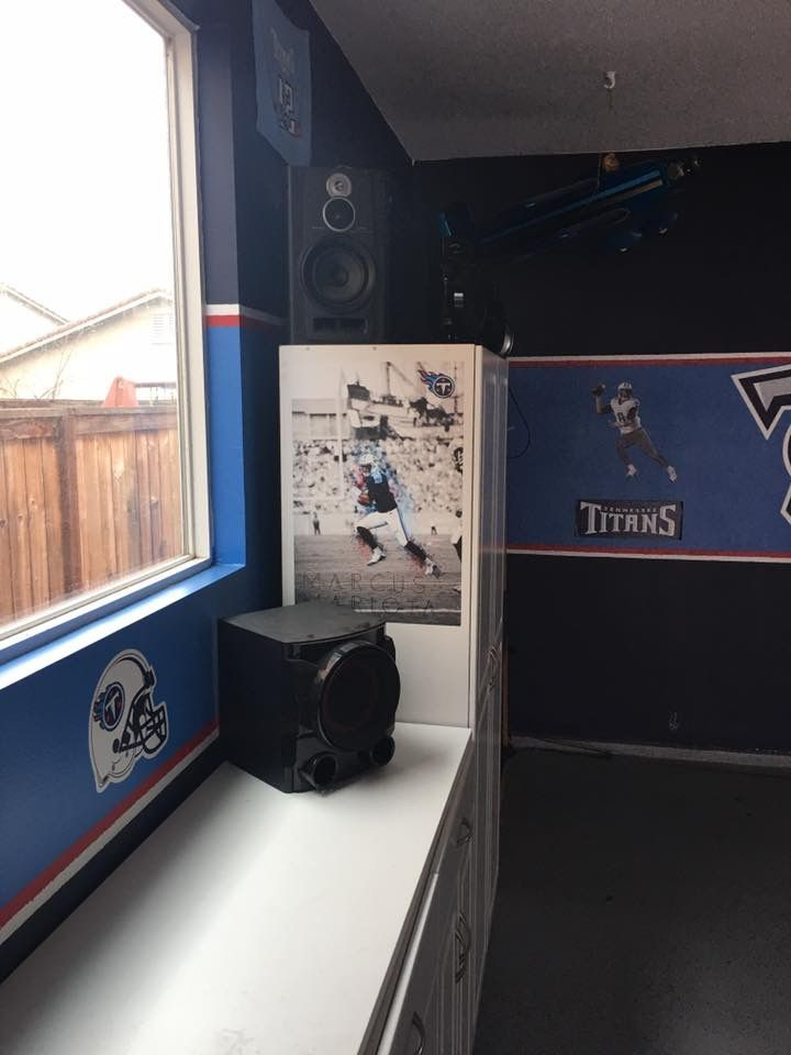 428669d9 Pin by Jrsesh on Tennessee Titans Man Cave | Tennessee titans ...
