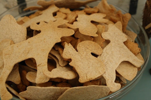Bakes Critter Chips: cookie cutters on wheat tortillas; bake. Primitive & Proper: Emmy's Winter Woodland Party