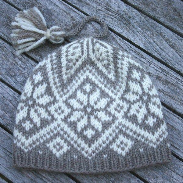 Norwegian knitting ski hat design by kidsknits2002