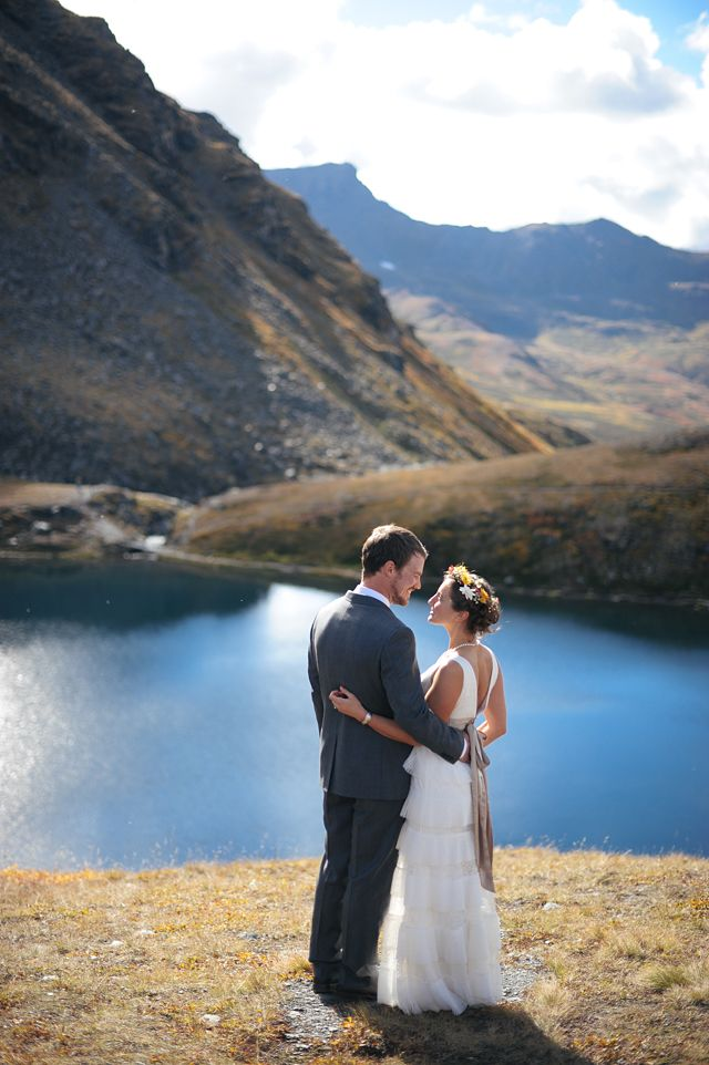 Apparently if you want some of the most gorgeous landscape weddings in the U.S. you get married in #ALASKA!