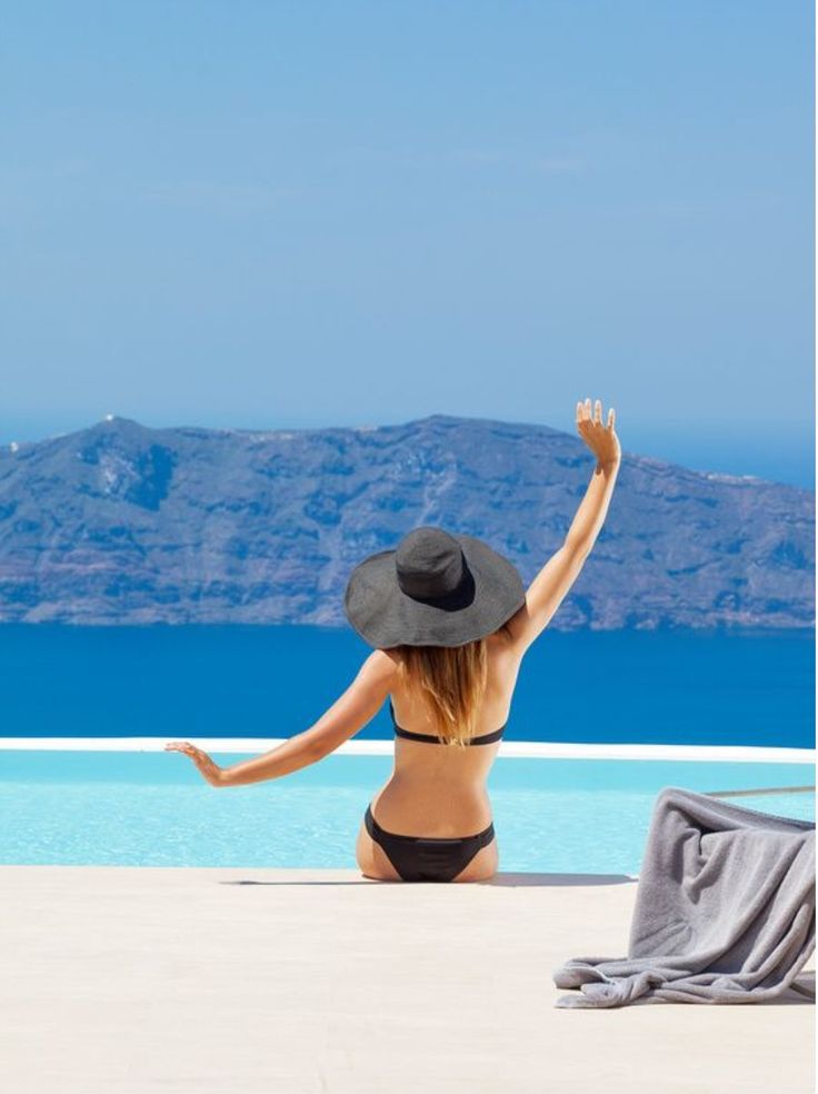 Now this what I call style! Oia village, Santorini island, Greece - Selected by www.oiamansion.com