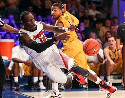 Louisville picks apart Mizzou