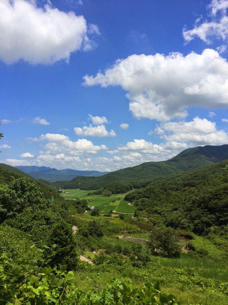 The Damyang House: mountain pass