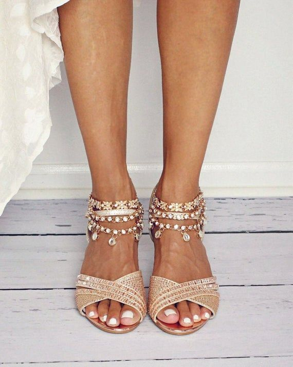 Stunning Gold Sia Anklets Are The Perfect Addition To Your Gorgeous Wedding Day Handmade With Kund In 2020 Wedding Shoes Sandals Beach Wedding Sandals Wedding Sandals