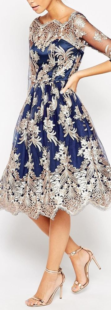 Oh my gosh! I need THIS DRESS, & a reason to wear it! 20th anniversary somewhere fabulous, perhaps?