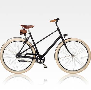 Sparta Lifestyle fiets:  Styler  Trendy fietsen zonder kabels, maar met versnellingen.  Auto 2 versnellingen: schakelt automatisch bij 15 km per uur  Geen kabels  Chique lederen Brooks details  Incl. praktische zadeltas  Opvallend gestyled  Extra dikke 29R banden  € 599,-