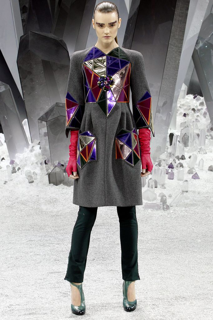 Chanel - Fall 2012 Ready-to-Wear - Look 33 of 68
