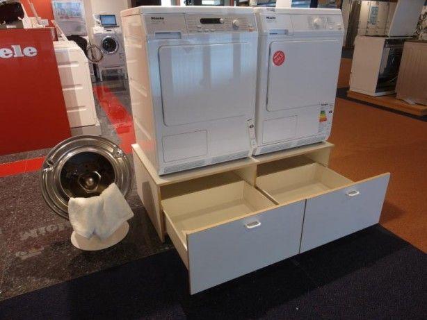 Laden onder de wasmachine. De ideale ruimtebespaarder!