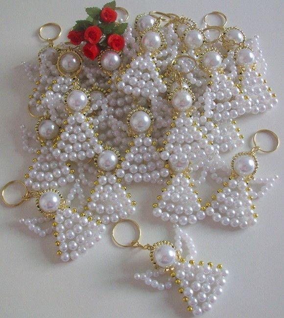 813 besten weihnachtsschmuck perlen bilder auf pinterest perlen ornamente weihnachtsbasteln. Black Bedroom Furniture Sets. Home Design Ideas