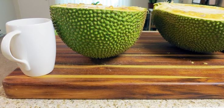Links to jackfruit recipes, a visual step-by-step for how to cut jackfruit, and information on jackfruit nutrition. Yay!