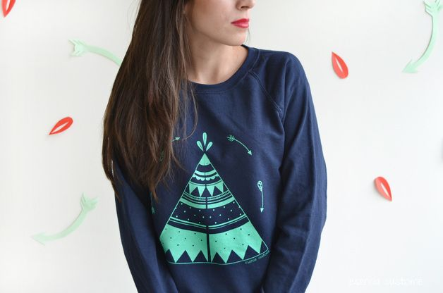 """Camisetas y sudaderas - Sudadera chica """"Tipi"""" Azul marino - hecho a mano por EsenciaCustome en DaWanda"""