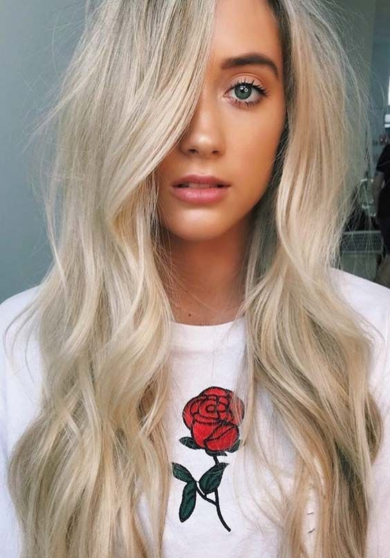 Ready to move on the next big and trendy hair colors for 2018? You really no need to search for more hair colors right now. Here you may see some amazing hair colors of cream blonde for 2018 to get most sexy and prominent hair look. This is one of the top trending hair colors for 2018.