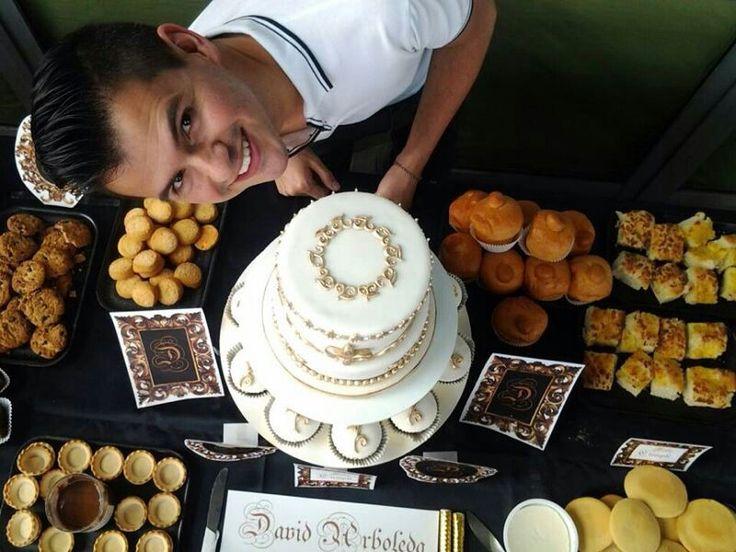 Torta y cup-cakes estilo barroco. mr.ponQ